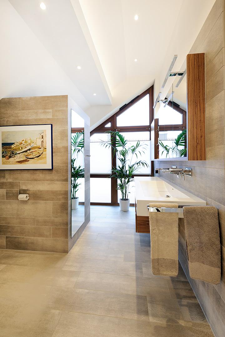 edles Design-Badezimmer in Borken
