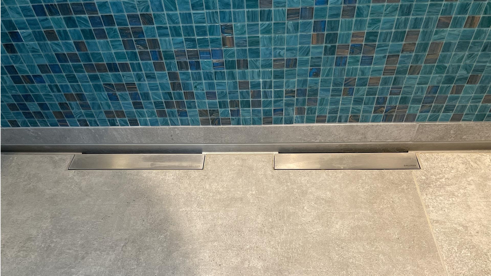 Dusch-Abflussrinne in einem Bad in Dorsten